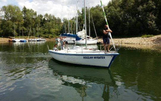 Kursanci I tury zdobyli uprawnienia Żeglarza Jachtowego - gratulujemy